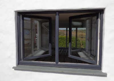 Anthracite grey window in 'turn' position