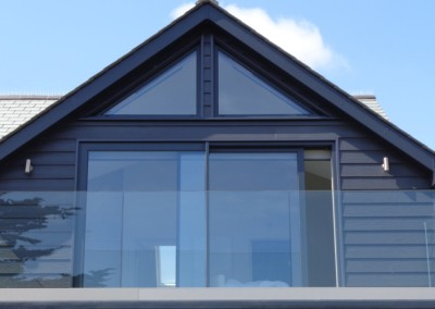 Visoslide in anthracite grey fitted in Truro alitherm plus gable frames